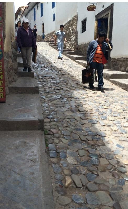 cusco-alley