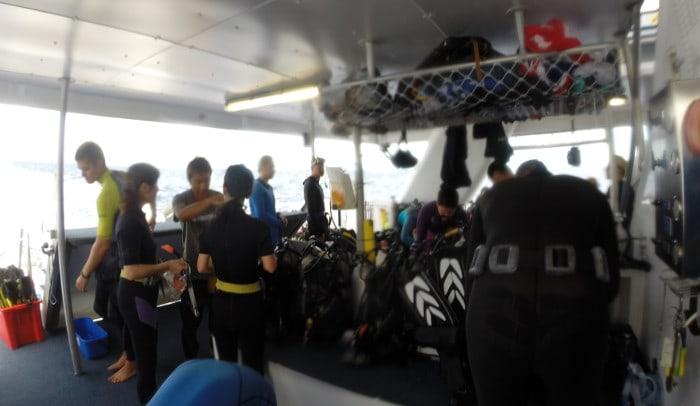 dive boat australia