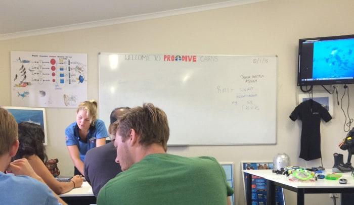 diving-classroom-training