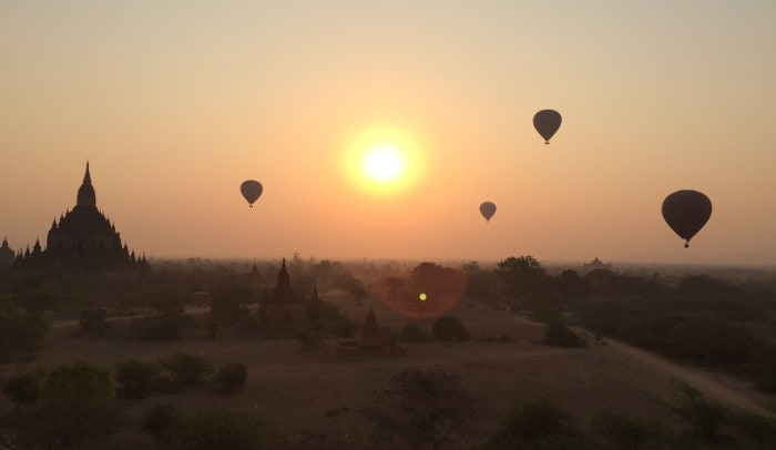 hot-air-balloon-over-bagan