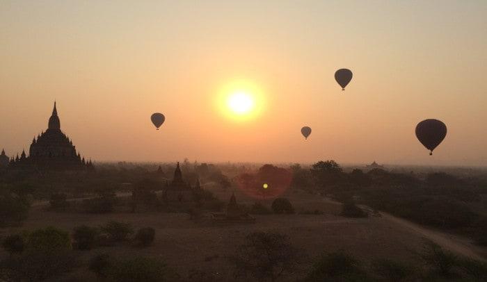 hot-air-balloon-over-bagan