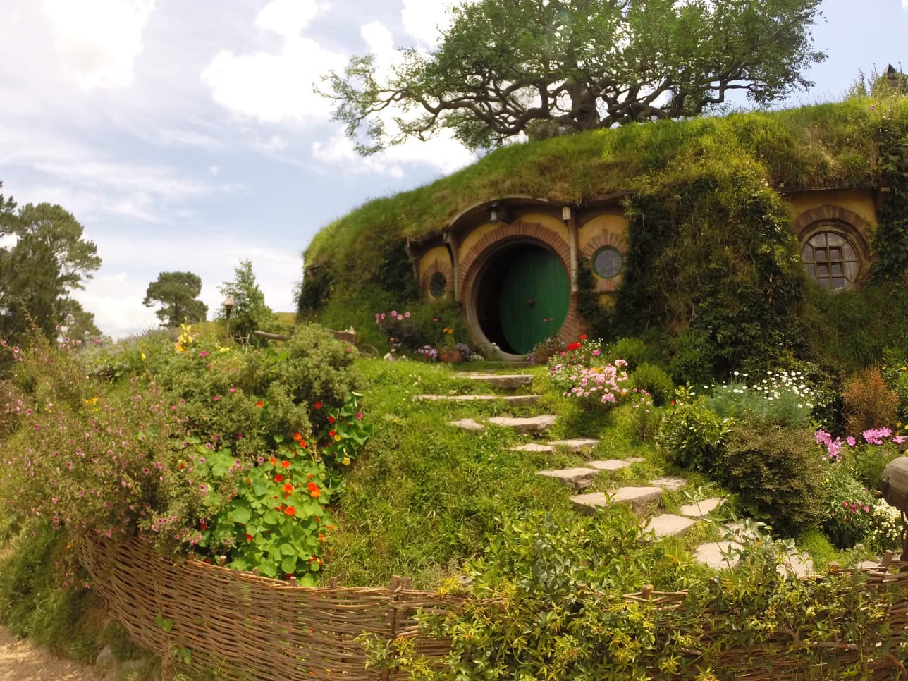 bag end hobbiton